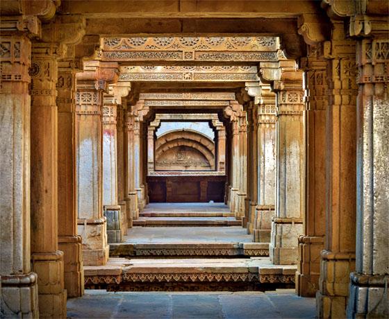 Adalaj ni Van stepwell, Luxury Rajasthan Tours